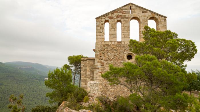 <p><strong>Unitat de Paisatge: </strong>Serres d'Ancosa</p> <p><strong>Autor:</strong> Observatori del Paisatge de Catalunya</p> <p><strong>Crèdit:</strong> Arxiu d'imatges de l'Observatori del Paisatge de Catalunya</p> <p><strong>Reproducció:</strong> CC BY-NC-ND 4.0</p>  <a href='http://arxiu.catpaisatge.net/wp-content/uploads/2018/06/15-Serres-Ancosa_2_Santuari-de-Foix.jpg'' class='download-button' download>Descarrega</a> <a href='http://arxiu.catpaisatge.net/cercador/?details.vm?q=id:0000005697' target='blank' class='fitxa-button' >Fitxa</a>